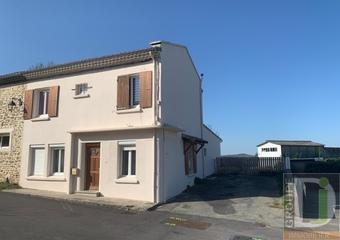 Vente Maison 6 pièces 115m² La Baume-Cornillane (26120) - Photo 1